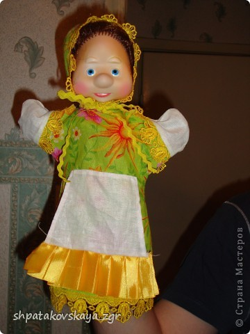 Наша куколка, теперь она стала лучшим другом деток в детском саду.  Сделать такую куклу не составит особого труда. Да и процесс доставляет только удовольствие. :) фото 2
