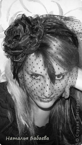 В общем, делаю свадебную вуаль для сестренки, не нашла белые перья(она хочет купить платье с перьями)  сделала пока образец с черными. фото 1