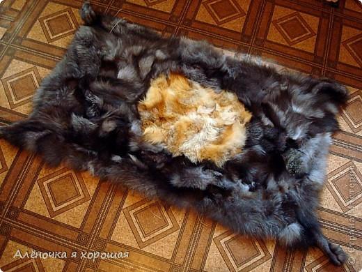 Прикроватный коврик из меховых отходов. фото 1