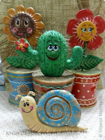 Привет!Очень рада всем!Вот такие цветочки сделала для сыночка в его комнату,будут стоять у него на окошке. фото 1