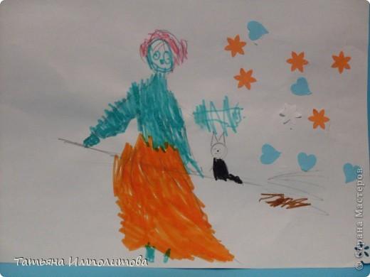 Сегодня рисовали пальчиковыми красками с помощью ватных палочек и губки фото 8