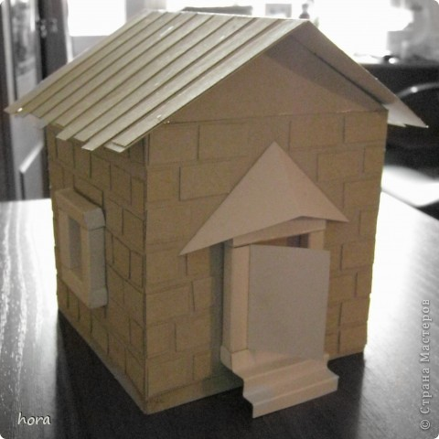 картонный домик фото 2