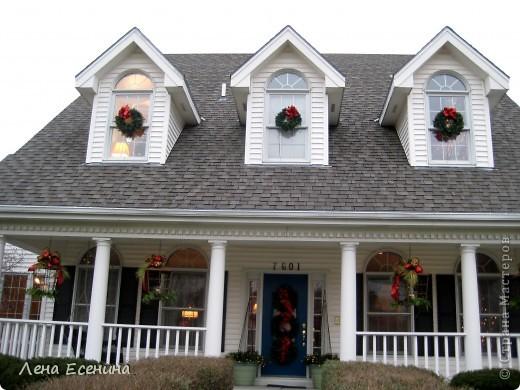 """Хочу рассказать о том, как оформляют дома на Рождество в Америке... Мне уже пора открывать серию """"Как это в США..."""" :)) Это украшен кухонный стол. фото 3"""