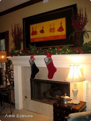 """Хочу рассказать о том, как оформляют дома на Рождество в Америке... Мне уже пора открывать серию """"Как это в США..."""" :)) Это украшен кухонный стол. фото 12"""