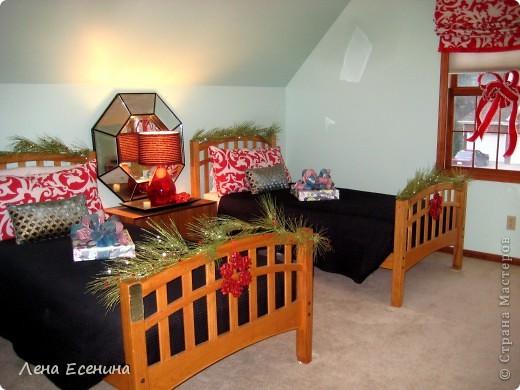"""Хочу рассказать о том, как оформляют дома на Рождество в Америке... Мне уже пора открывать серию """"Как это в США..."""" :)) Это украшен кухонный стол. фото 19"""