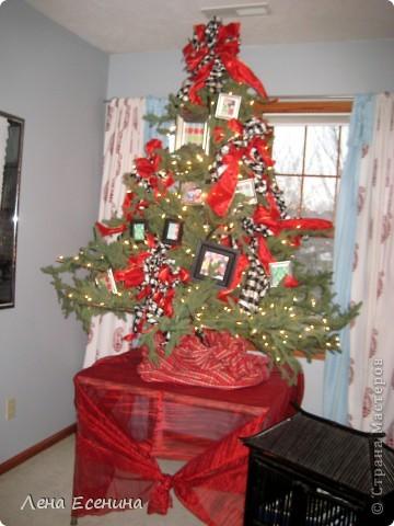 """Хочу рассказать о том, как оформляют дома на Рождество в Америке... Мне уже пора открывать серию """"Как это в США..."""" :)) Это украшен кухонный стол. фото 17"""
