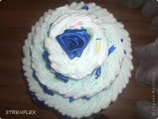 Вот выставляю обещанный тортик для богатыря Илюши. Памперсы в этом тортике выложила по-другому! За эту идею огромное спасибо Викторие Борзовой http://stranamasterov.ru/node/190055?c=favorite фото 5
