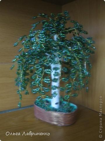 Береза из бисера. Давно собиралась сделать дерево из бисера и боялась, но наконец-то решилась. Высота дерева 15 см. фото 2