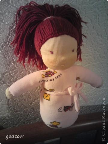 Мне очень нравятся куколки сшитые в вальдорфской технике. Вот и я попыталась сшить такую куколку, уже вторую.  Надеюсь, что Полинка вам понравится. фото 1