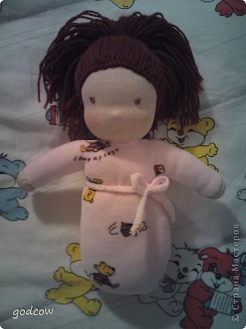 Мне очень нравятся куколки сшитые в вальдорфской технике. Вот и я попыталась сшить такую куколку, уже вторую.  Надеюсь, что Полинка вам понравится. фото 3