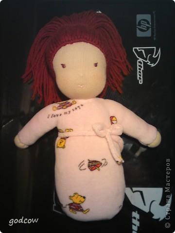 Мне очень нравятся куколки сшитые в вальдорфской технике. Вот и я попыталась сшить такую куколку, уже вторую.  Надеюсь, что Полинка вам понравится. фото 2