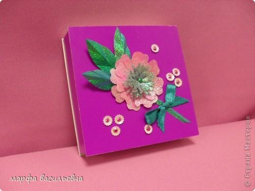 На работу меня вдохновила Енюша,У нее замечательные коробочки.Вот сделала на скорую руку.Тем более попросила знакомая для своей племянницы на день рождения. фото 3