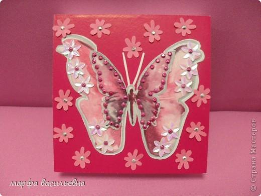 На работу меня вдохновила Енюша,У нее замечательные коробочки.Вот сделала на скорую руку.Тем более попросила знакомая для своей племянницы на день рождения. фото 1