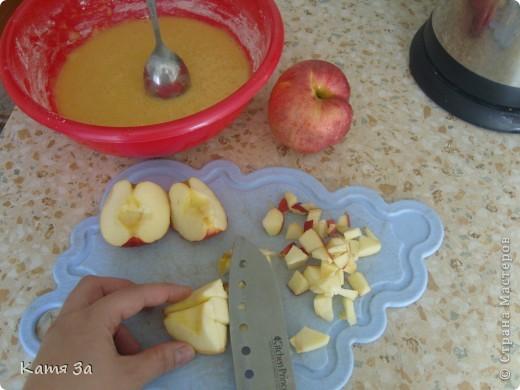Пирог делается за 15 минут и при этом руки остаются чистыми! согласитесь это актуально, если в доме ребёнок. фото 5
