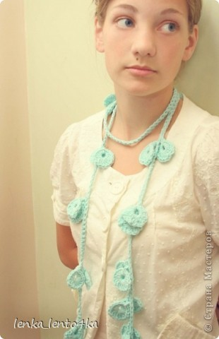 Увидела моя сестра в интернете шарфик и попросила связать что-то похожее. фото 4