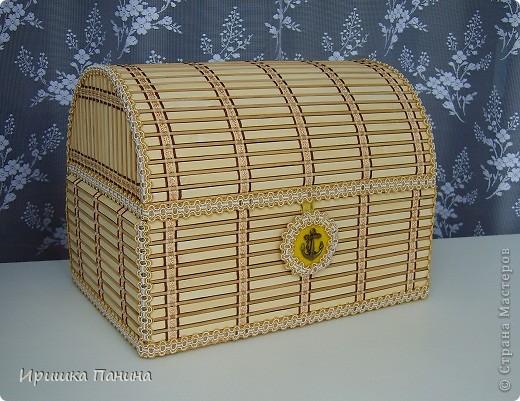 Поделка изделие СУНДУК из деревянной салфетки-2 Бумага гофрированная Картон Клей Магниты Сутаж тесьма шнур фото 1