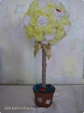 мое первое деревце из бумажных салфеток. фото 2