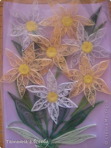 Нарциссы, которые вдохновили меня на квиллинг. Спасибо MaryBond огромное! фото 1