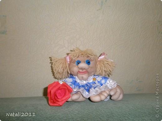 Вот такая девочка с цветочком у меня получилась. фото 1
