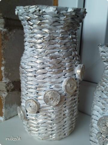 Всем здравствуйте!!! ))) Вот окрасила свои давние плетения,подруга увидела у меня серебрянный велосипед и ей захотелось такой же,только краска у меня была золотая,окрасила в золото... посмотрите что вышло )))  фото 8