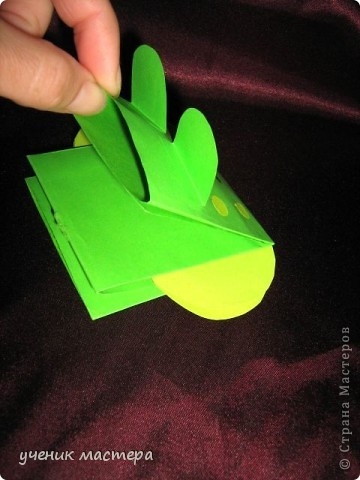 Эти забавные игрушки появились как продолжение темы    http://ejka.ru/blog/podelki/895.html. Сделав с детками щенка, мы решили пойти дальше и придумали коровку и лягушку.  фото 4