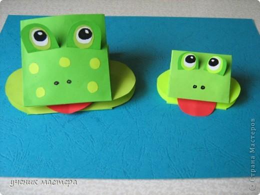 Эти забавные игрушки появились как продолжение темы    http://ejka.ru/blog/podelki/895.html. Сделав с детками щенка, мы решили пойти дальше и придумали коровку и лягушку.  фото 14