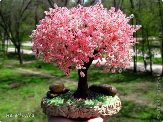 38 комментария. розовый.  3086 просмотра. нра. дерево объёмное. сакура.  Berestovica.  290. бусина стеклянная.