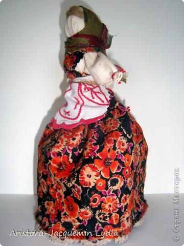 Мой вариант девки-бабы.  Мастер класс Вы найдете здесь http://www.rukukla.ru/article/trya/2011-03-09-1 и очень толковый МК у Зои Пинигиной здесь http://pinigina.livejournal.com/47737.html фото 6