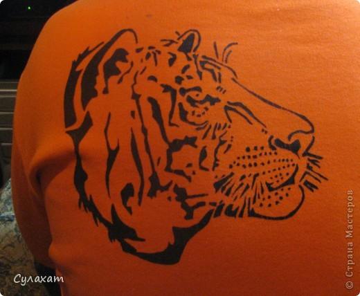 вот то,с чего я начинала учиться рисованию по ткани- трафаретная техника.  фото 2