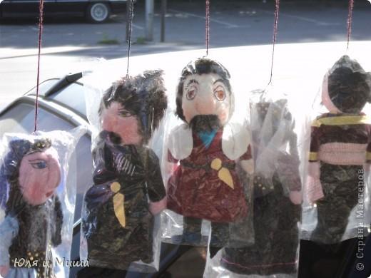Продолжаем бродить по бульвару Тбилиси с выставкой-продажей всевозможных рукоделий. Сегодня предлагаю порассматривать кукол!   фото 2