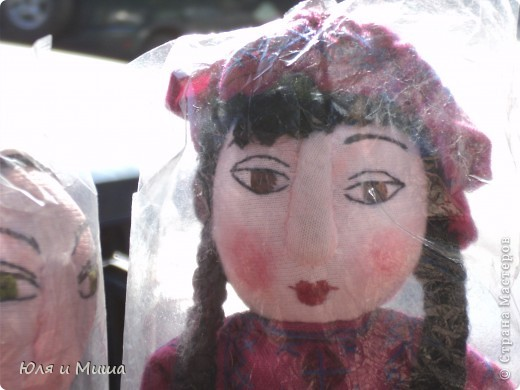 Продолжаем бродить по бульвару Тбилиси с выставкой-продажей всевозможных рукоделий. Сегодня предлагаю порассматривать кукол!   фото 3
