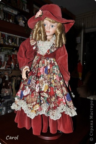 Знакомьтесь - это голландская кукла Ингеборг. Она большая - 73 см. фото 2