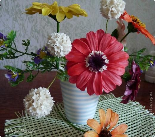 Вариации, потому что делала цветы по памяти, а когда обратилась к первоисточнику обнаружила кучу несоответствий))) Но т.к.я не стремлюсь пока к полной передаче природности, думаю и такой вариант имеет место быть. фото 6
