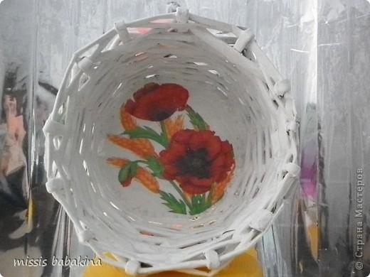 Какого цвета тут только нет, наносила сухой губкой поверх оранжевого и бежевый, и алый. фото 4