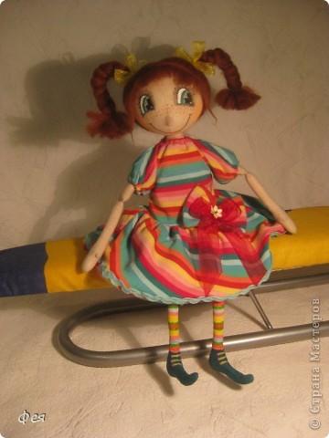 Эта детка сказала, что зовут её Диля, чем сильно меня  удивила .  В интернете написано , что  имя Диля имеет татарские и персидские корни ,значит - красавица, возлюбленная:)))  фото 1