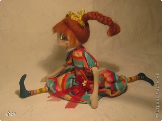 Эта детка сказала, что зовут её Диля, чем сильно меня  удивила .  В интернете написано , что  имя Диля имеет татарские и персидские корни ,значит - красавица, возлюбленная:)))  фото 2