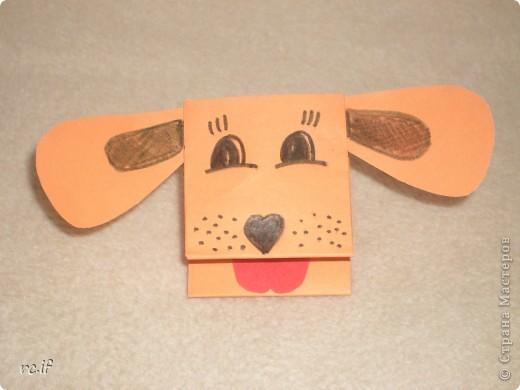 Очень понравилась идея Светланы (Ученик мастера) по созданию игрушек из бумаги. Уже в ночи по-быстрому сделала дочке собачку. Утром подарила, дочка была в восторге! И сразу засыпала меня заказами. Так у нас появились котенок и лошадка! Идей еще много, осталось только найти время :) http://stranamasterov.ru/node/194908#comment-1681602 http://ejka.ru/blog/podelki/895.html  фото 2