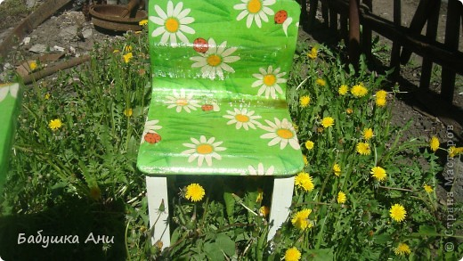 Очень хотелось обновить стол со стульчиком для Анюты. фото 2