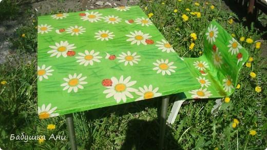 Очень хотелось обновить стол со стульчиком для Анюты. фото 4