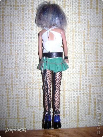 Макияж по традиции..яркий и бескомпромисный. волосы я окрашивала синими чернилами фото 3