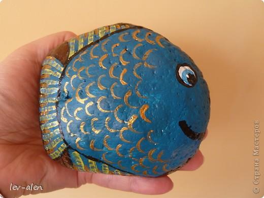 На даче еще нашла камешки побольше, правда не совсем идеально подходящей формы, но хоть такие...  фото 1