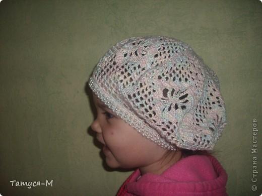 Дочке в садик ходить давно хотела связать шапочку или беретик, но все откладывала.... А Голубка  меня вдохновила и за день у меня вдруг связался вот такой беретик: фото 1