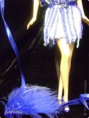Кукла замерла..как будто в движение...костюм с стиле 20х добавляет праздника в образ куклы фото 3
