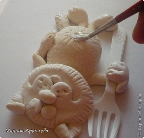 """Для учителей города Тольятти провела Мастер-класс по тестопластике, а теперь с Вами делюсь! Я понимаю, что быстрая еда вредная, но накопились вилки из """"Доширака"""", вот я их и пустила в дело... фото 14"""