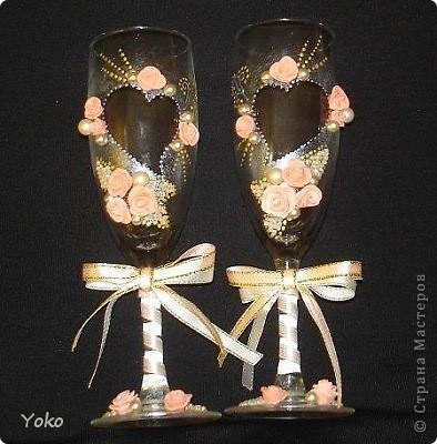 Делала свадебные бокалы на свадьбу сестренке. Первые - строго не судите фото 2