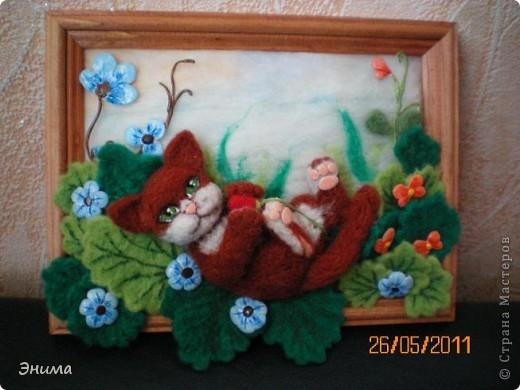 Вдохновила меня на создание этой картины работа Юлии Ославской https://stranamasterov.ru/node/175559 Захотелось создать что-то подобное из шерсти. Результатом осталась довольна. фото 1