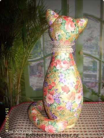 Кошка Золотая Роза была сделана в напарницы к кошке Ириске. Теперь они могут помечтать и погрустить вместе, поговорить о своем о девичьем. фото 6