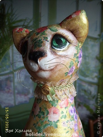 Кошка Золотая Роза была сделана в напарницы к кошке Ириске. Теперь они могут помечтать и погрустить вместе, поговорить о своем о девичьем. фото 5