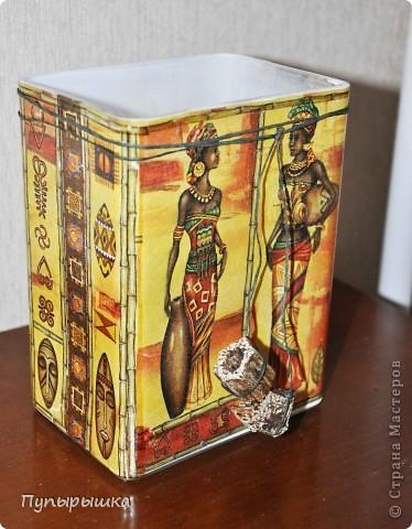 Дополняю африкнский интерьер спальни любимого брата Пано: Использована рисовая бумага с изображением (прямой декупаж), текстурная паста, акриловые краски, матовый лак, холст на картоне фото 3