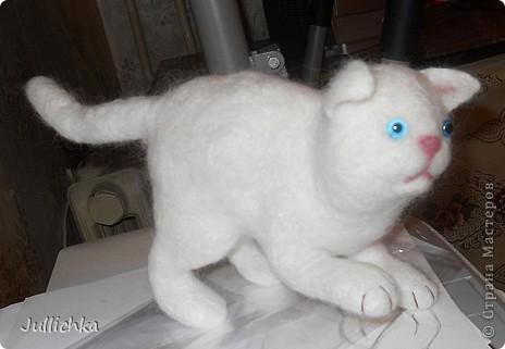 Котенок валяный фото 1